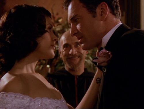 Embrujadas, boda demoníaca, boda
