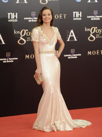 Michelle Jenner Goya 2013 alfombra roja