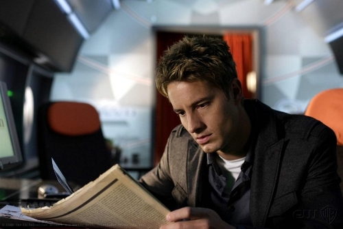 Justin Hartley Oliver Queen