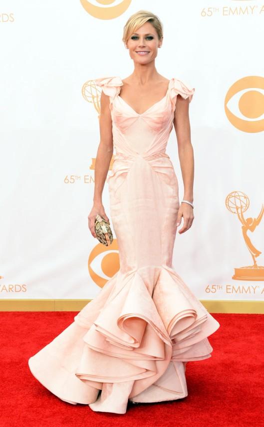 Julie Bowen Zac Posen Emmys 2013